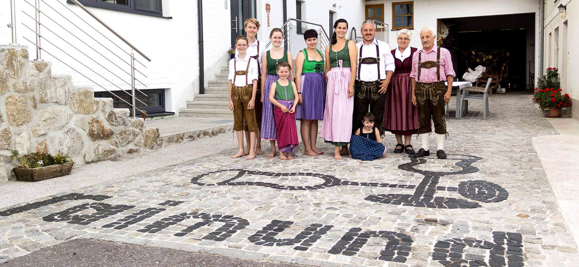 Familie Kapeller Biohof Raimund